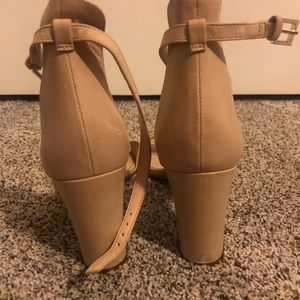 Ankle strap use heels